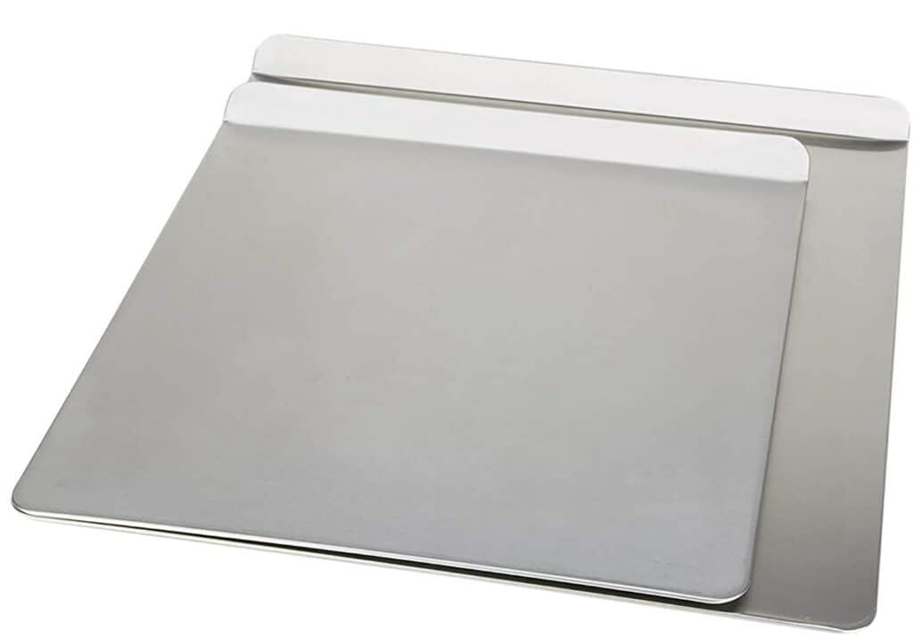 Insulated bakeware